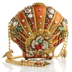 Clam Digger   I just LOVE Mary Francis bags. So unique & intricate; elegant beadwork!