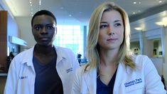 """The Resident """"Comrades in Arms"""" Season 1 Episode 3 Promo - An old army buddy and fellow surgeon (guest star Warren Christie) visits Conrad at the hospit. Medical Tv Shows, Medical Series, Medical Drama, Movies Showing, Movies And Tv Shows, The Resident Tv Show, Warren Christie, Netflix, Emily Vancamp"""