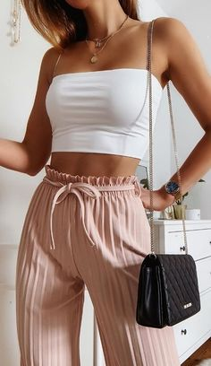Trendy Summer Outfits, Cute Comfy Outfits, Girly Outfits, Classy Outfits, Pretty Outfits, Stylish Outfits, Teenager Outfits, Simple Outfits, Casual Summer