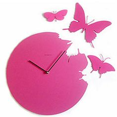 This Diamantini & Domeniconi Butterfly Clock was designed by Susanne Philippson in 2007. A wave of Spring all year round is lead by this clock from which light butterflies take to flight.
