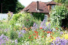 Upton Grey English cottage garden Gertrude Jekyll ; Gardenista