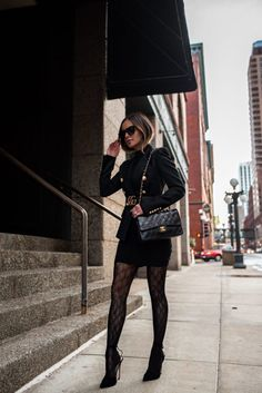 5 Winter Looks You Can Wear for Spring - Mia Mia Mine Winter Date Night Outfits, Winter Fashion Outfits, Look Fashion, Winter Outfits, Gucci Outfits, Blazer Outfits, Mode Outfits, Tights Outfit Winter, Black Tights Outfit
