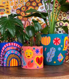 Diy Clay, Clay Crafts, Diy And Crafts, Arts And Crafts, Painted Plant Pots, Painted Flower Pots, Painted Pebbles, Pottery Painting Designs, Pottery Art