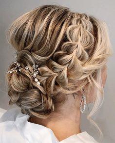 Low Bun Wedding Hair, Bridal Hair Updo, Wedding Hair Clips, Wedding Hair And Makeup, Wedding Updo With Braid, Wedding Hairstyles Tutorial, Braided Hairstyles For Wedding, Bride Hairstyles, Braided Upstyles