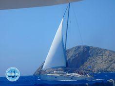 Sailing to Dia (Heraklion) Heraklion, Crete Greece, Sailing Holidays, Opera House, Looking For Apartments, Cheap Flights, Hani, Rental Apartments, Building
