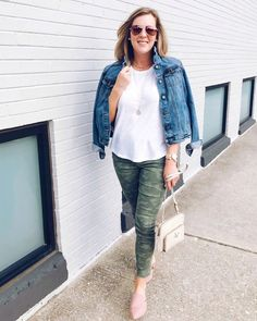 Shop the Look from Abby Lucius on ShopStyleRollin' up into Wednesday like.💁🏼♀️🙋🏼♀️ Y'all these camo pants are marked down. Camo Jeans Outfit, Leggings Outfit Fall, Camo Outfits, Curvy Outfits, Cute Casual Outfits, Work Outfits, Mature Fashion, Curvy Girl Fashion, Petite Jeans