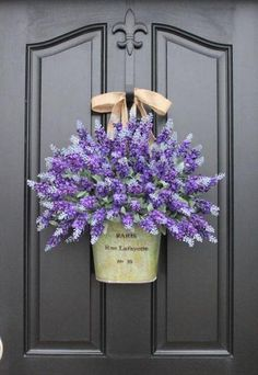Is there anything prettier than a big bouquet of lavender? Visitors and passerby will be instantly taken with your home as they walk by this beautiful display.