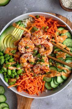Shrimp Sushi Bowl, Sushi In A Bowl, Asian Recipes, Healthy Recipes, Sushi Rice Recipes, Lunch Recipes, Delicious Recipes, Seafood Recipes, Cooking Recipes