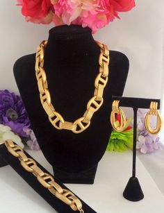 "Vintage GIVENCHY Goldtone Jewelry Set 22.75"" Necklace, 8"" Toggle Bracelet, 1.5"" Pierced Drop Earrings"