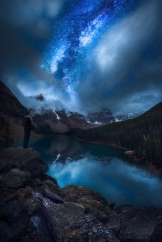 Find images and videos about nature, landscape and stars on We Heart It - the app to get lost in what you love. Beautiful Sky, Beautiful World, Beautiful Landscapes, Beautiful Pictures, Good Vibe, Multiple Exposure, Pics Art, Amazing Nature, Night Skies