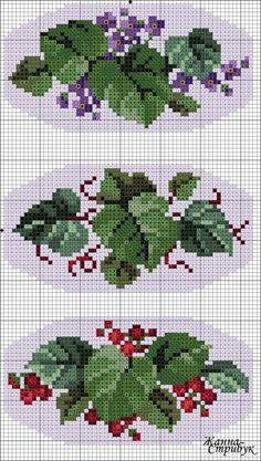 Gallery.ru / Три броши - Схемы вышивки крестом - pustelga