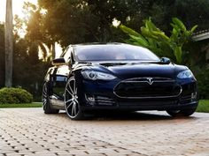 El incendio de uno de los carros de #Tesla.