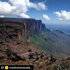 "#Repost @nuestravenezuela_ @lopezbaron with @repostapp  Roraima"". Parque Nacional Canaima estado Bolívar - Venezuela.  #Venezuela #IgersVenezuela #ig_venezuela_ #Travel #traveling #exploreeverything #explorealberta #teamtravelers #travelawesome #bestplacestogo #welivetoexplore #exklusive_shot #exploretocreate #beautifuldestinations #shareyourparadise #sun_sky_world #skyporn #cielomania #ourcamplife #paradise #nature #sky by fitven"