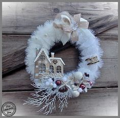 Best 12 41 Inspiring Christmas Accessories Ideas To Decorate Your Home Christmas Advent Wreath, Christmas Swags, Gold Christmas, Xmas Ornaments, Holiday Wreaths, Wreath Crafts, Christmas Projects, Holiday Crafts, Wreath Ideas