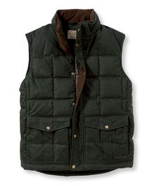 Waxed Cotton Down Vest: Outerwear Chaleco Casual, Down Vest, Kinds Of Shoes, Mens Fashion, Fashion Outfits, Fancy Pants, Moncler, Canada Goose Jackets, Dress To Impress