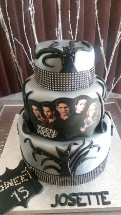 I want this motherf*cking cake Themed Birthday Cakes, 14th Birthday, Star Wars Birthday, Teen Birthday, Themed Cakes, Teen Wolf Quotes, Teen Wolf Memes, Teen Wolf Funny, Cupcakes