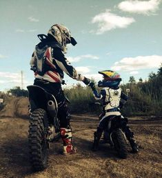 If we could how we wanted 😍 - lunchen - Motorrad Dirt Bike Girl, Dirt Bike Couple, Motocross Couple, Motocross Girls, Girl Dirtbike, Moto Enduro, Enduro Motocross, Enduro Motorcycle, Moto Bike