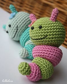 Bug rattles - Sweet Butterfly, FGriendly6 bee and Nosy caterpillar €4.00