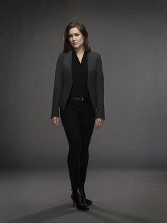Megan Boone - Justin Stephens Promoshoot for The Blacklist Season 2 Best Comedy Shows, Elizabeth Keen, Megan Boone, The Blacklist, James Spader, Classic Outfits, It Cast, Normcore, Actresses