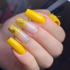 Coffin Nails Ombre, Summer Acrylic Nails, Best Acrylic Nails, Acrylic Nail Designs, Gel Nails, Yellow Nails, Purple Nails, Fabulous Nails, Perfect Nails