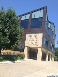 Oak Park Public Library #opmainlibrary #oakpark #attractions