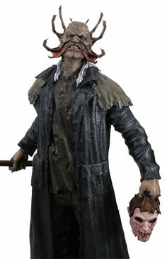 Hollywood Collectibles Group has taken it upon themselves to make a piece from the cult classic film that is worth a purchase f. Horror Merch, Horror Films, Toy Corner, Horror Drawing, Creepy Art, Scary, Halloween Masks, Halloween Stuff, Jeepers Creepers