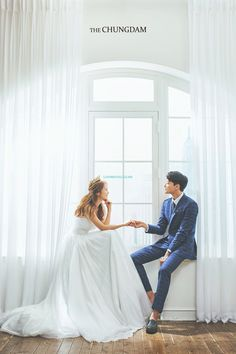 Pre-Wedding photoshoot by Chungdam Studio, wedding photographer in Seoul, Korea. Pre Wedding Poses, Pre Wedding Photoshoot, Wedding Couples, Wedding Posing, Wedding Bride, Wedding Venues, Korean Wedding Photography, Couple Photography Poses, Engagement Photography