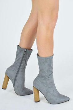 d03817782f1 16 inspiring AJ Ankle Boots images | Flat style, Travel, Ankle boots uk