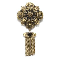 Perfect match with the military style coats that are on-trend at the moment - Vintage Brooch