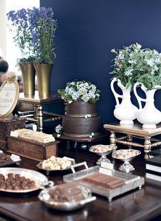 En la fiesta de Compromiso, directamente chocolates Viene Gramado, Rio Grande do Sul, were dispuestos en bandejas y si sirvieron de recuerdo almuerzo