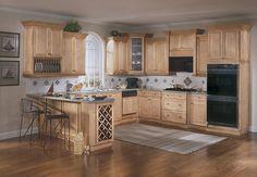 Dark Floors With Dark Countertop Golden Oak Cabinets Oak