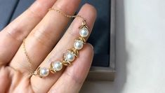 Pearl Necklace Designs, Pearl Jewelry, Stone Jewelry, Indian Jewelry, Gold Jewelry, Pearl Pendant, Diamond Pendant, Gold Jhumka Earrings, Body Necklace