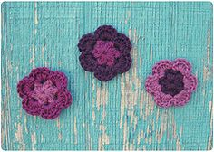 Ravelry: Flower Magnets pattern by Julie King... Free pattern!