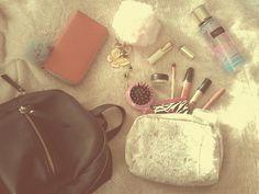 Que hay en mi bolsa ?? 💕