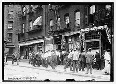 Longshoreman's strike - N.Y. [between ca. 1910 and ca. 1915]