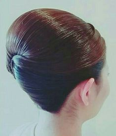 In need of some ideas for long locks? The perfect and simplest s Long Haircuts. Bun Hairstyles For Long Hair, Pretty Hairstyles, Braided Hairstyles, Korean Hairstyles, Men Hairstyles, Hair Dos, Long Layered Hair, Long Hair Cuts, Long Hair Styles