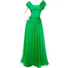 1stdibs | Vintage 1940's Kelly Green Silk Chiffon Full Sweep Gown Dress