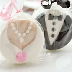 Unique Wedding Favors They'll Actually Keep