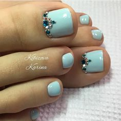 80 ideas to create the best Halloween nail decoration - My Nails Pretty Toe Nails, Cute Toe Nails, Gorgeous Nails, My Nails, Nail Designs Toenails, Pedicure Nail Art, Toe Nail Designs, French Pedicure Designs, Toe Nail Color