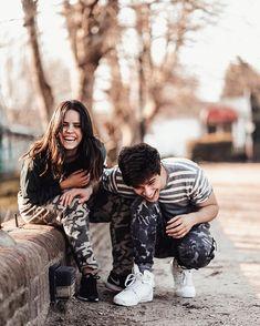 Julian Serrano, Youtubers, Friendship, Instagram, Dj, Couple Photos, Couples, Photo Ideas, Knights