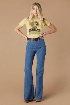 moda Vintage Jean Genie Bells, by Dittos 70s Outfits, Vintage Outfits, Fashion Outfits, Grunge Outfits, Dress Vintage, Stylish Outfits, Fashion Ideas, Fashion Trends, 70s Inspired Fashion