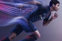 The new Paris Saint-Germain Jersey 16-17 wear by T.Silva