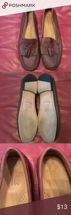 Moccasins Shoes Bass Moccasins Shoes Bass, handcrafted genuine leather, upper leather and outsole, color brown. Bass Shoes Moccasins