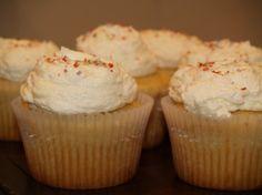 Divine Vanilla Cupcakes
