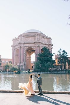 Best Engagement Photo Locations in San Francisco — JBJ Pictures - Professional Photographer in San Francisco - Engagements, weddings, events, products, headshots - Engagement photos ideas - Engagement Photo Dress, Formal Engagement Photos, Vintage Engagement Photos, Engagement Pictures, Wedding Pictures, Engagement Session, Engagements, Wedding Ideas, Wedding Photography Packages