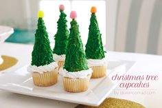 How to Make Christmas Tree Cupcakes {LaurenConrad.com}