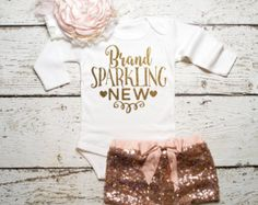 nice Baby Girl Coming Home Outfit Baby Girl Clothes Brand Sparkling New Bodysuit Baby Girl Newborn Shirt New Baby Shirt Birth New Baby Shower The Babys, Baby Girl Shirts, Shirts For Girls, Baby Boy, Baby Outfits, Baby Dresses, Baby Girl Fashion, Kids Fashion, Glitter Shirt