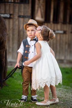 Φόρεμα βάπτισης Vinte Li 2921 μαζί με κορδέλα για τα μαλλιά, annassecret, Girls Dresses, Flower Girl Dresses, Wedding Dresses, Fashion, Dresses Of Girls, Bride Dresses, Moda, Bridal Gowns, Alon Livne Wedding Dresses