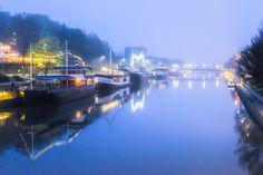 Early morning #fog on the river #Aura in #Turku, #Finland. #photography pic.twitter.com/rhhU7SVoAZ