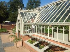SteelGreenhouses.com The Quintessence of quality. Maintenance free with style.